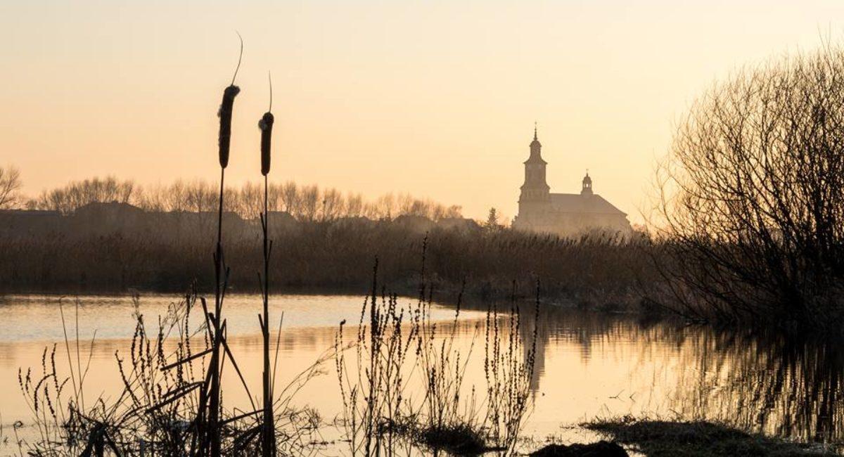 Ratowo Klasztor